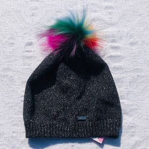 BARI LYNN**Rainbow Fox Fur Pom Hat